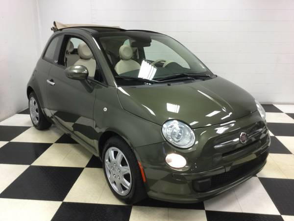 2013 FIAT 500 SUPER FUEL SAVER LOW MILES LOW PRICE! LOADED