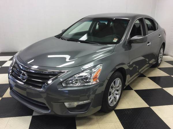 2015 Nissan Altima 2.5 S ONLY 40K MILES! FUEL SAVER 35 MPG! LOADED!