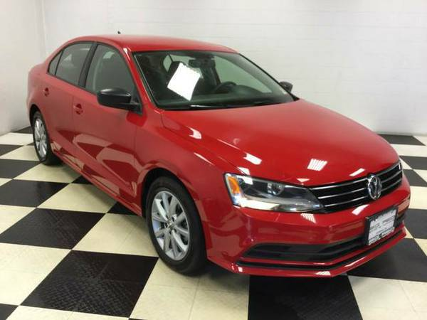 2015 VW JETTA SEDAN 1.8T SE ONLY 34K MILES! DRIVES PERFECT! LOW PRICE!