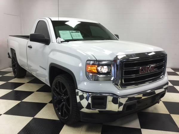 2015 GMC SIERRA 1500 EXCELLENT CONDITION! LOW MILES! LOW PRICE! LOOK!