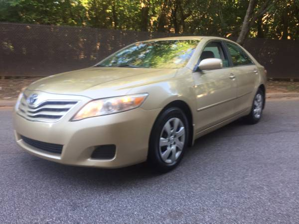 2010 TOYOTA CAMRY! LOW MILES! 1 OWNER! NO ACCIDENTS!