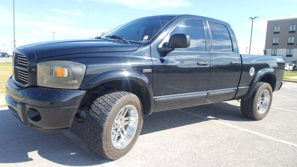 2006 DODGE RAM 1500!!!! 4X4 HEMI QUAD CAB!!! HUGE SALE GOING ON NOW!!!