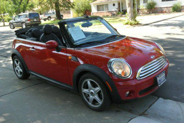 2010 *Mini* *Cooper* *Convertible* 2dr - EASY FINANCING! ANY CREDIT