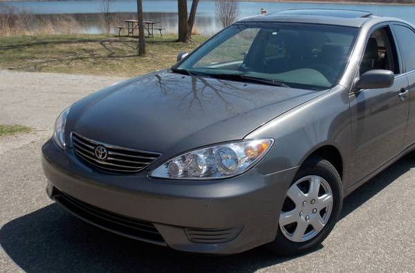 2005 TOYOTA CAMRY $695 TO TAKE IT FINANCE. EASY FINANCING