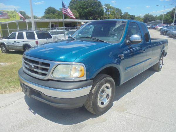 2000 *Ford* *F-150* *F 150* *F150* Lariat SuperCab Short Bed 2WD -&#12