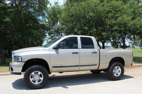 2004 DODGE RAM 2500 5.9L-ONLY 187K-17 SERVICE RECORDS- LEVELED-CLEAN!