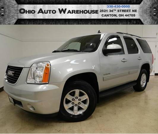 2011 *GMC* *Yukon* SLE 4x4 3rd Row Clean Carfax We Finance -🔥W