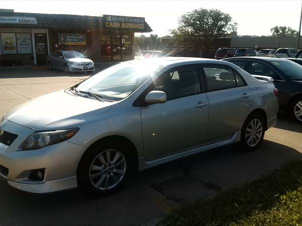 2009 Toyota Corolla S / Like new /