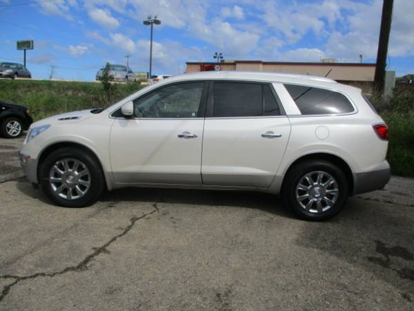 2011 Buick Enclave CXL-1 AWD / / GREAT PRICE