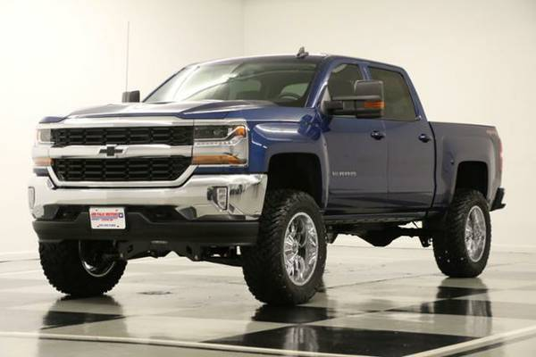 *LIFTED SILVERADO 4X4 - CAMERA* 2016 Chevy *6 IN OFF ROAD - 5.3L V8*