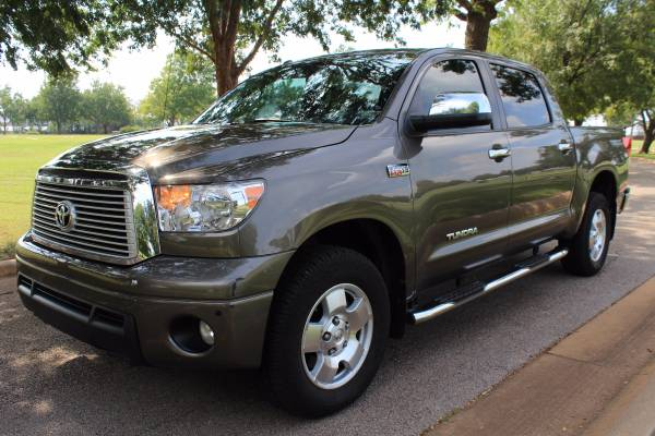 2012 TOYOTA TUNDRA LIMITED! LOADED! LEATHER! 4X4!