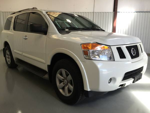 2013 NISSAN ARMADA**SV**3RD ROW**V8**ALMOND CLOTH SEATS**FLAT SCREEN!