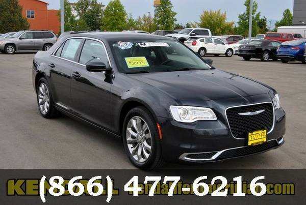 2015 Chrysler 300 Maximum Steel Metallic Clearcoat ON SPECIAL!