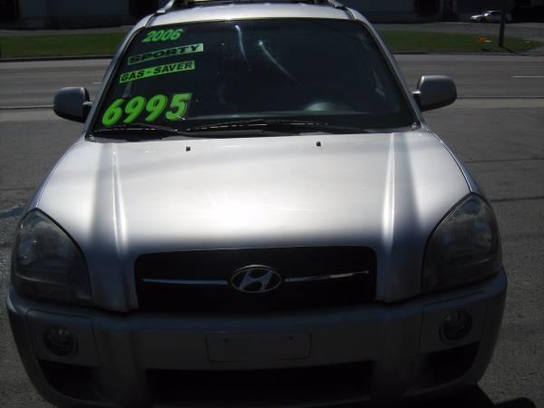 ** 2006 Hyundai Tucson **