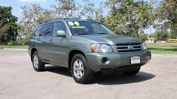 2004 TOYOTA HIGHLANDER ONE OWNER VEHICLE