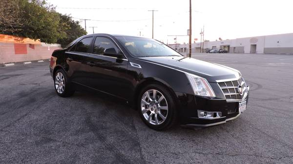2008 CADILLAC CTS BLACK WITH NAVIGATION! CLEAN CARFAX