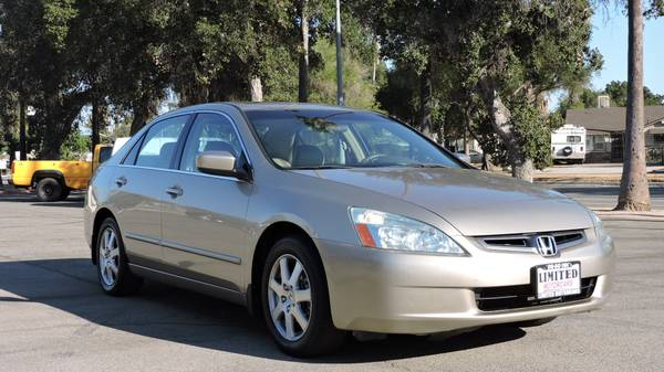 2005 HONDA ACCORD WITH LOW MILES LEATHER AND MOONROOF