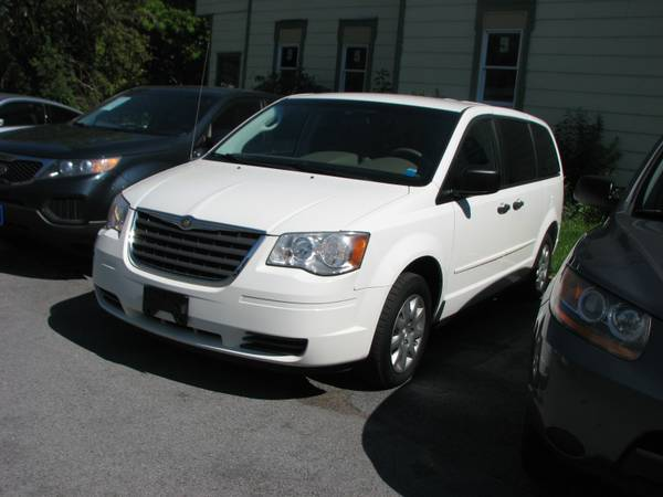 NEW~2008 CHRYSLER TOWN & COUNTRY~6MO/7500 MILE WARRANTY~FINANCING