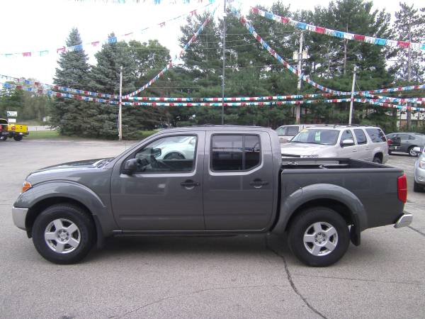2005 Nissan Frontier SE Crew Cab 4x4 one owner