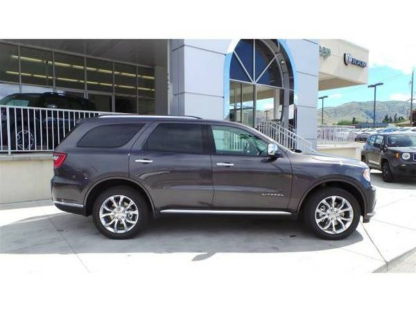 2016 *Dodge Durango* Citadel - Granite Crystal Metallic Clearcoat
