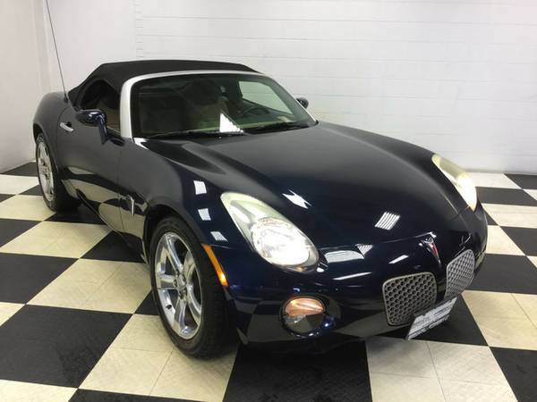2006 PONTIAC SOLSTICE SPORTY HARD TO FIND! MINT CONDITION!