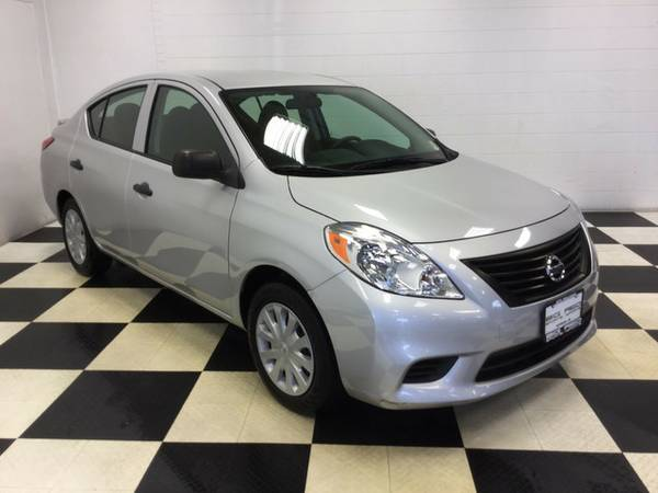 2014 NISSAN VERSA LOW MILES LOW PRICE! FUEL SAVER!!!