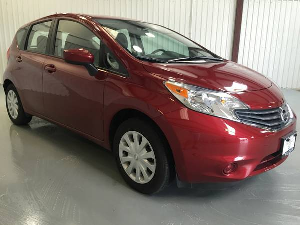 2016 NISSAN VERSA SV***ONLY 12K MILES*CLOTH INTERIOR**FLAT SCREEN!!!!!