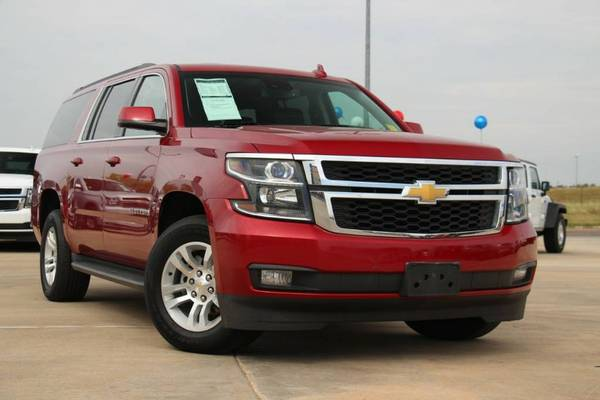 2015 CHEVROLET SUBURBAN LT!! 4WD HARD TO FIND! LOW MILES!