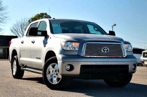 2013 TOYOTA TUNDRA 4WD CAN HANDLE ANYTHING!