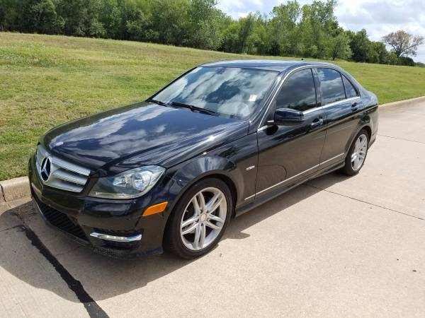 2012 Mercedes-Benz C-Class C250! LOADED! SUNROOF! CALL JESS