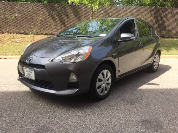 2012 TOYOTA PRIUS C FOUR! BACK UP CAMERA! LARGE TOUCHSCREEN!
