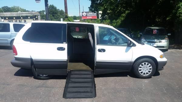 00 Handicap Van