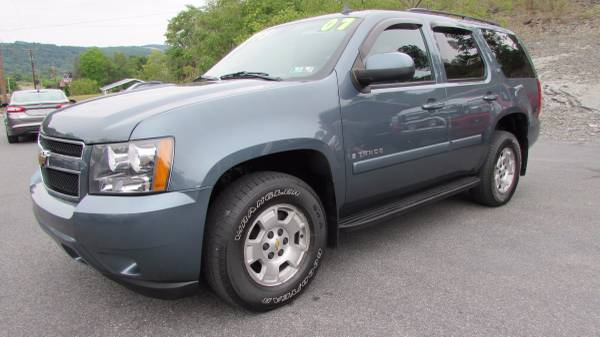 SALE!! 2008 CHEVY TAHOE 4X4 LEATHER 3RD ROW CLEAN (ALL CREDIT OK)