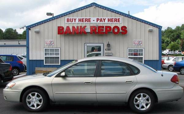 2006 Ford Taurus SEL **Only 95k Mi**Buy Here Pay Here!**