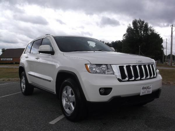 STYLE & COMFORT** BAD CREDIT OK*2011 Jeep Grand Cherokee Laredo*APPLY*