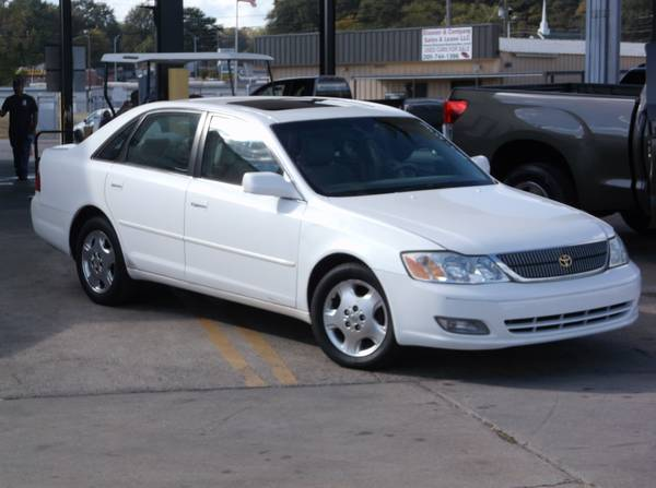 2004 Toyota Avalon XLS. FULLY LOADED!