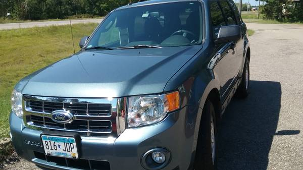 2012 Ford Escape XLT price reduced!!!