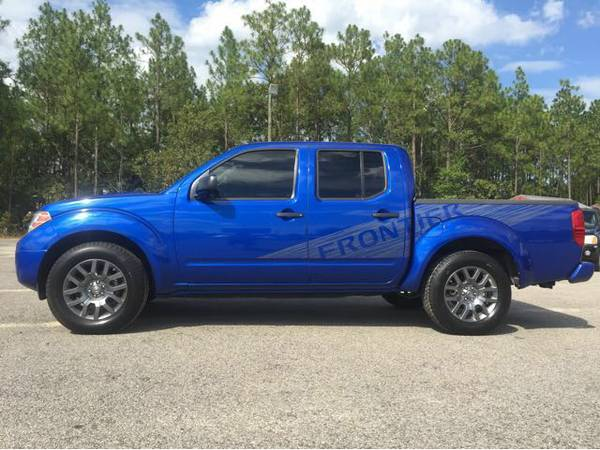2012 Nissan Frontier Crew Cab GOOD LOOKING TRUCK