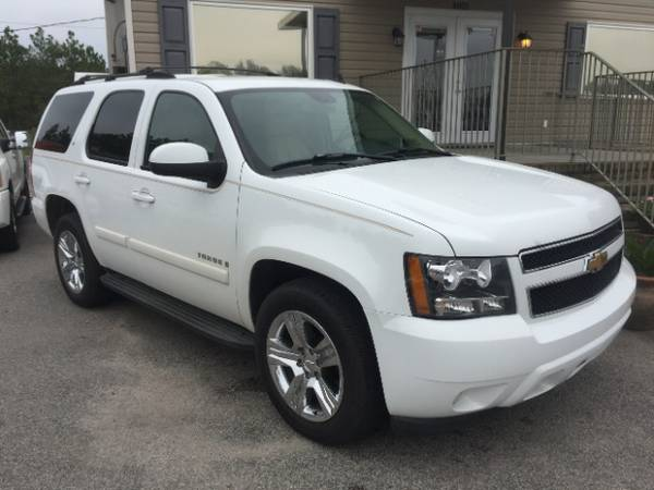 Chevrolet Tahoe LTZ loaded Sunroof, Leather, DVD