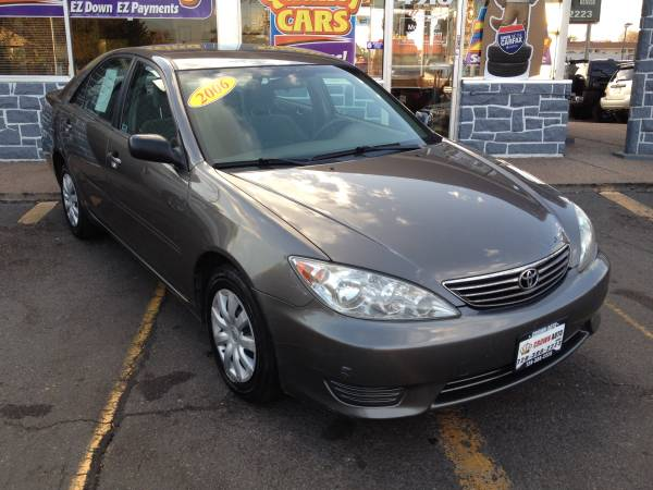 2006 Toyota Camry LE 5 Speed Manual Excellent Condition