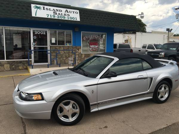2001 Ford Mustang Convertible *LOW MILES*