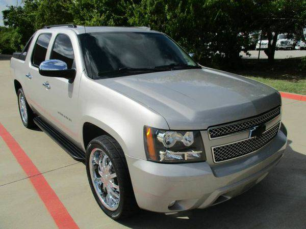 2008 *Chevrolet* *Avalanche* ***Don't Worry About Credit***