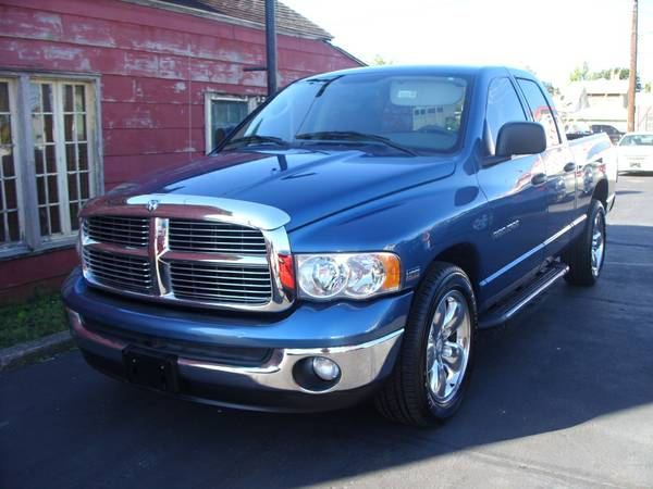**2003 DODGE RAM QUAD CAB SLT HEMI V8 90 DAY 4500 MILE WARRANTY