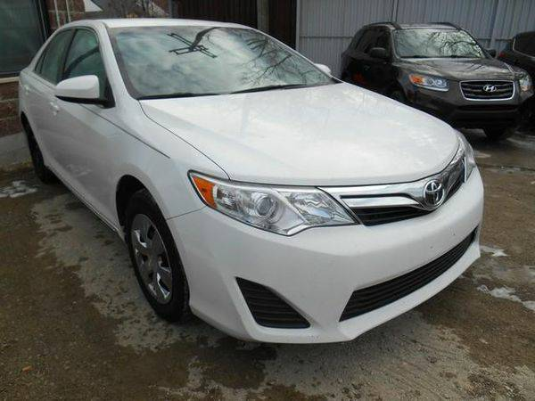 2013 *Toyota* *Camry* LE 4dr Sedan **Guaranteed Credit Approval**