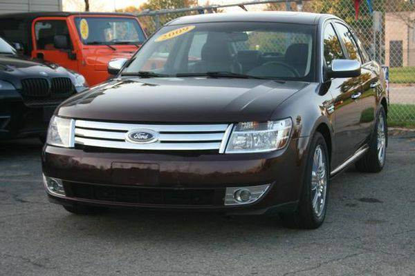 2009 *Ford* *Taurus* Limited FWD **Guaranteed Approval**