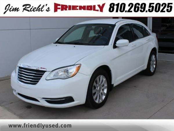 2012 Chrysler 200 Touring 4dr Car
