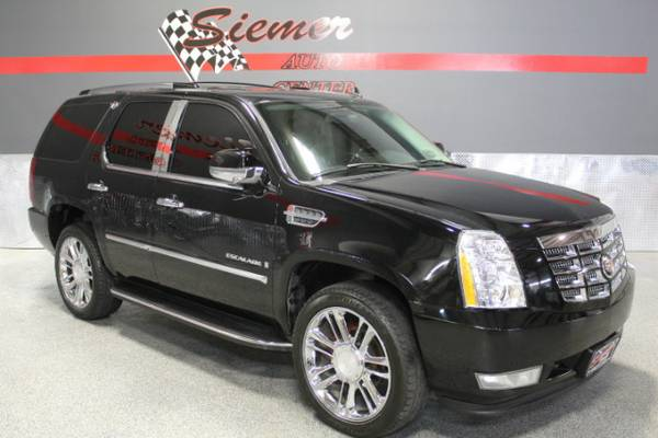 2007 Cadillac Escalade AWD - TEXT US