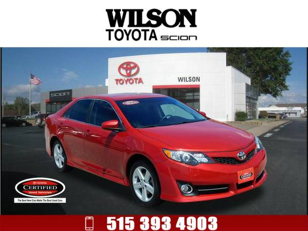 2013 Toyota Camry SE Red