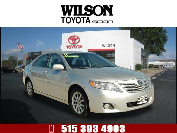 2011 Toyota Camry XLE Silver