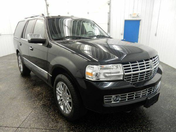 2010 *Lincoln* *Navigator* 4WD - GET APPROVED TODAY!!!